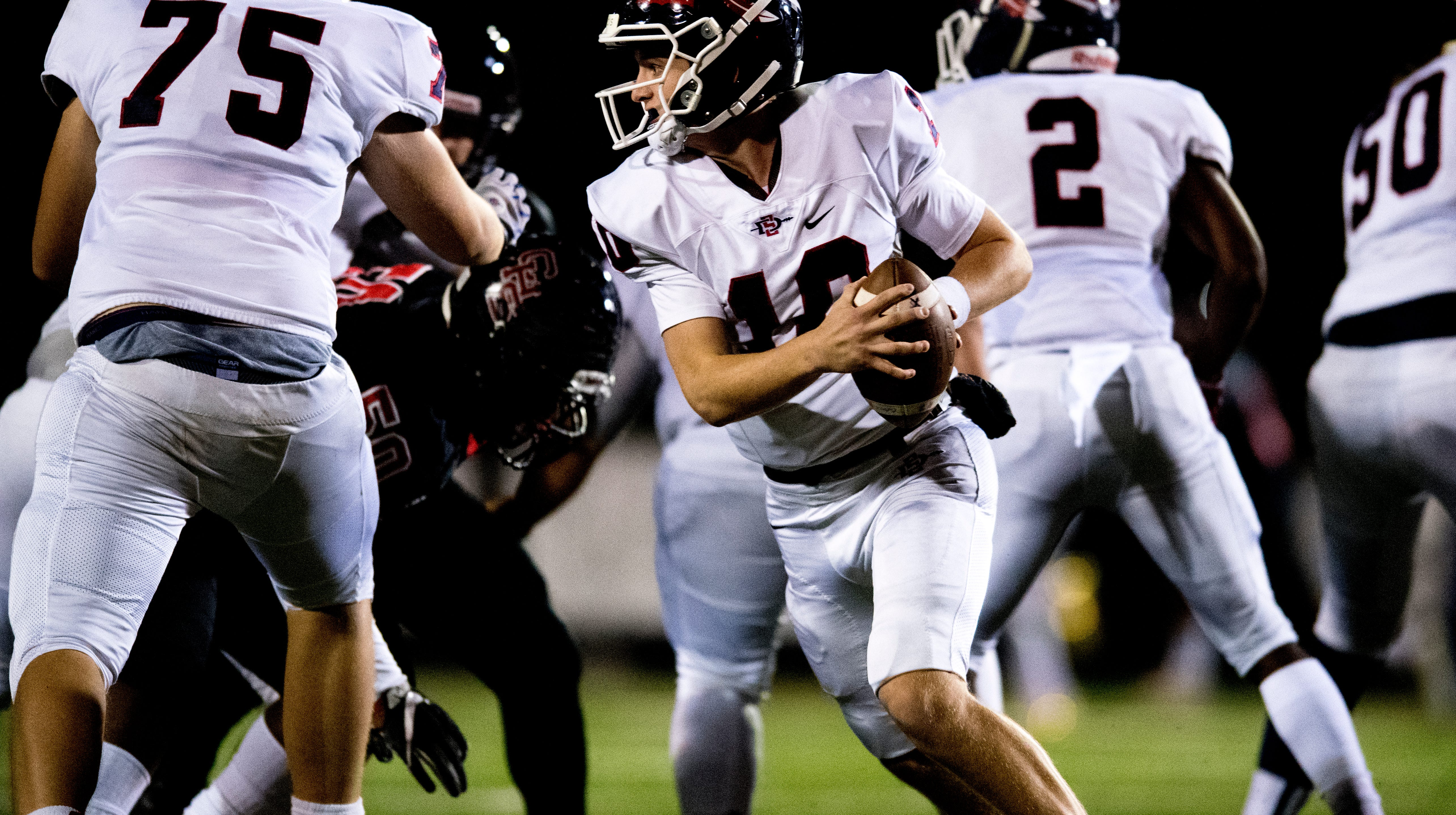 Who were the Week 10 top performers in Knoxville high school football?