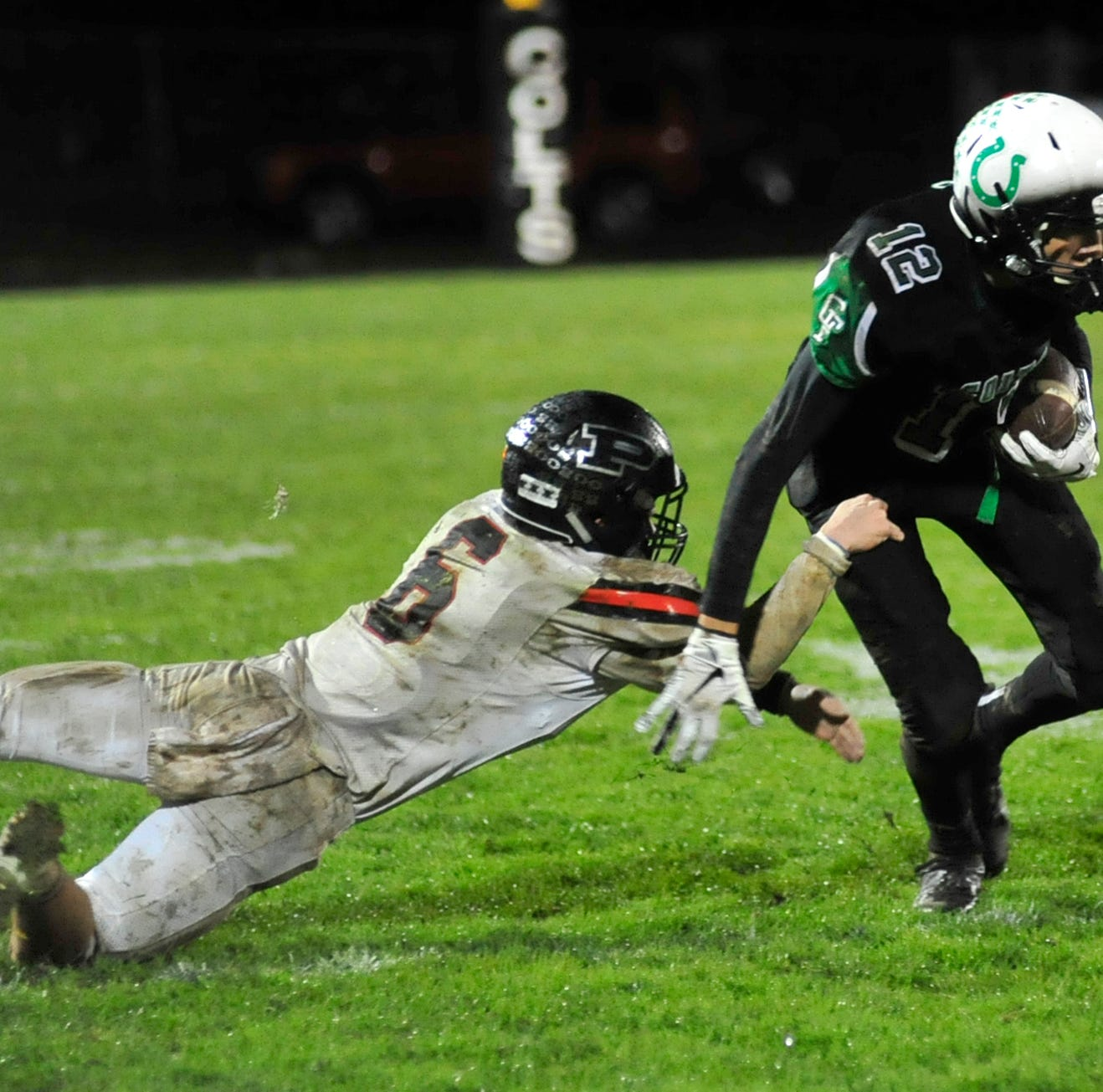 Redemption: Clear Fork kicker gives Colts win over Pleasant, share of MOAC title