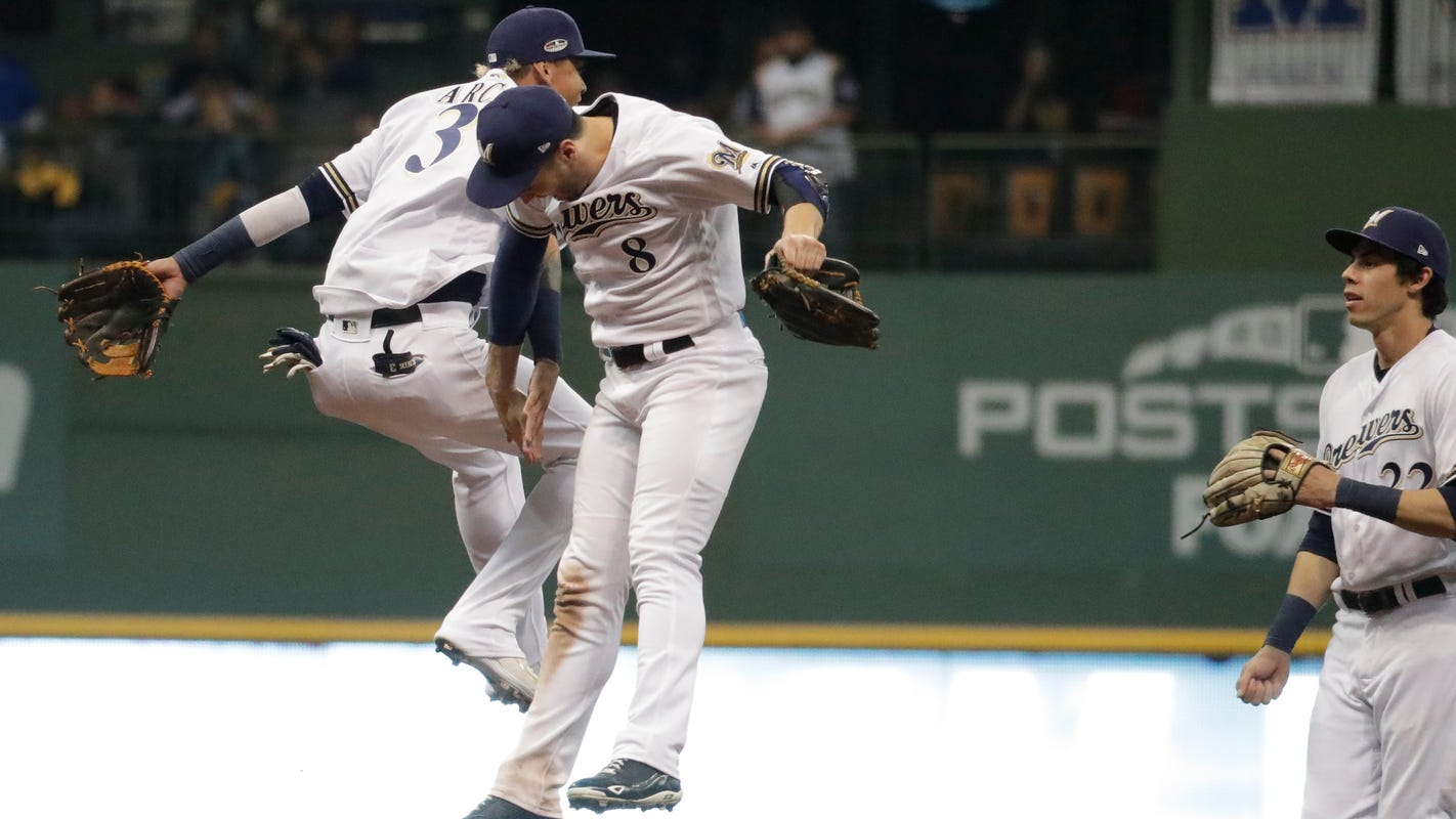 bcb26602106d0 Haudricourt  Fans propel Brewers to first Game 7 since  82 World Series