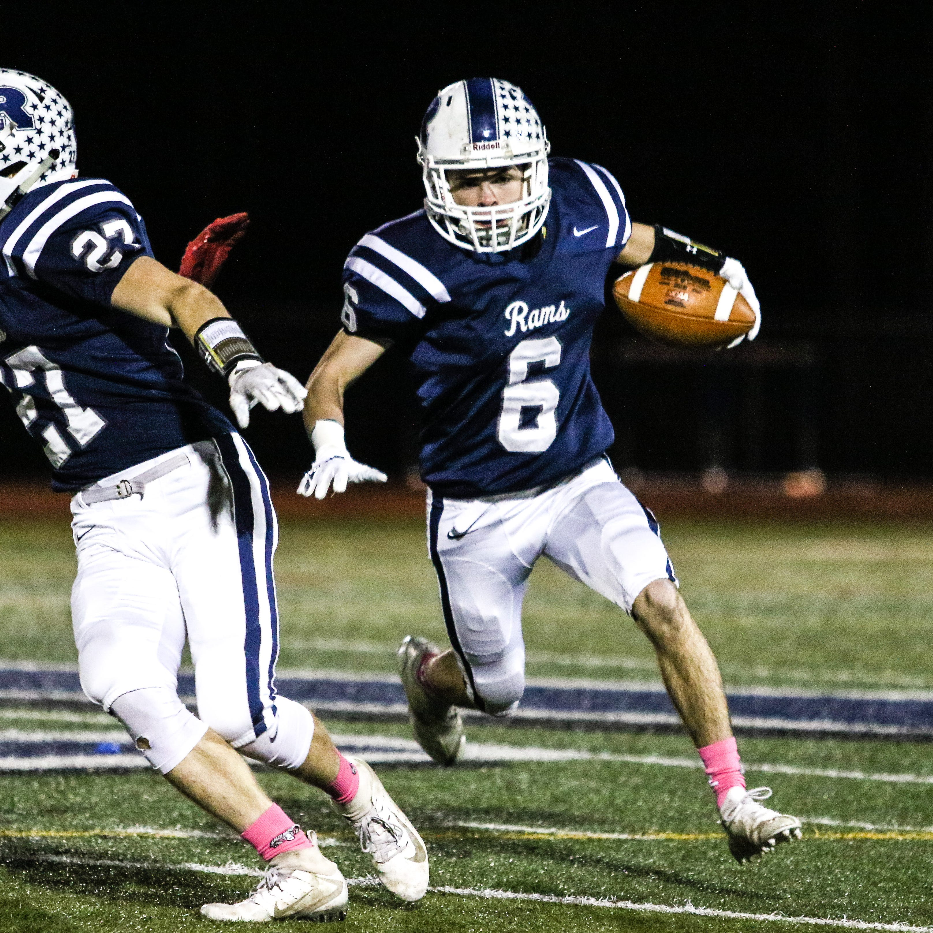 Randolph football stays undefeated with win against Morris Hills