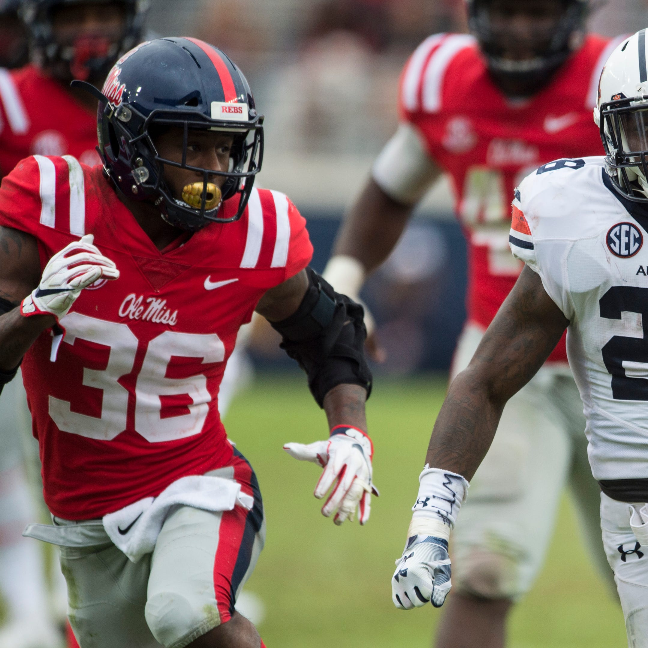JaTarvious Whitlow breaks out, gets hurt in Auburn's win at Ole Miss