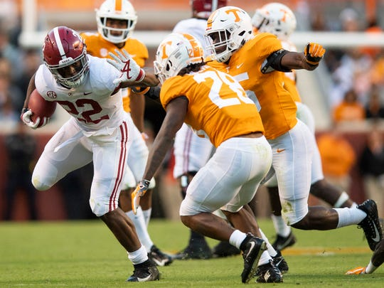 Alabama running back Najee Harris (22) carries the ball against Tennessee in second half action at Neyland Stadium in Knoxville, Tn., on Saturday October 20, 2018.