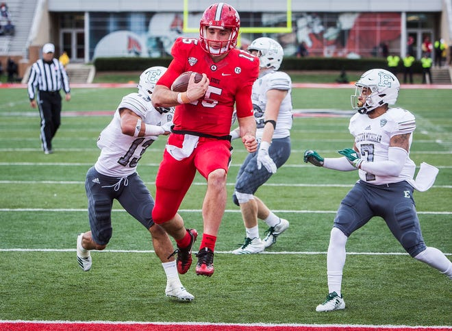 Ball State's Riley Neal runs for a touchdown against Eastern Michigan during their game at Scheumann Stadium Saturday, Oct. 20, 2018.