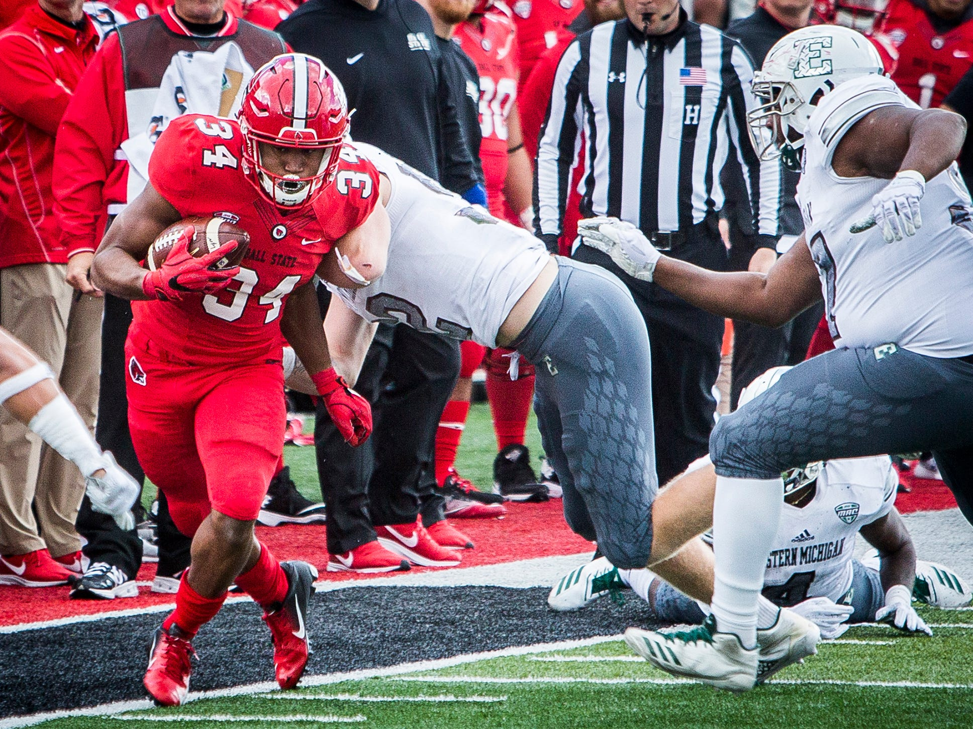Ball State's James Gilbert runs against Eastern Michigan during their game at Scheumann Stadium Saturday, Oct. 20, 2018.