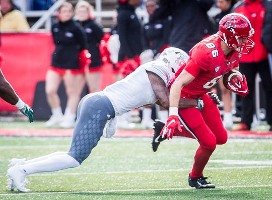 Ball State's Riley Miller, shown here against Eastern Michigan, had an 18-yard touchdown catch against Ohio on Thursday.