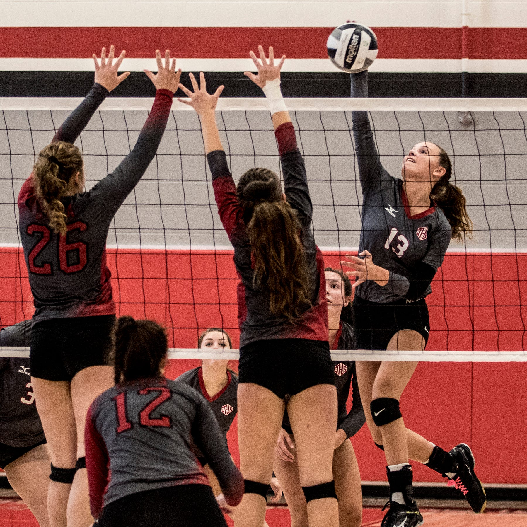 Johnstown volleyball leaves nothing to chance vs. Utica