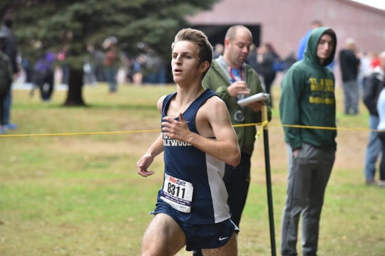 Jeremy Bronstein of Dwight Englewood wins 1st in Group E at the Bergen County Cross Country Championships.