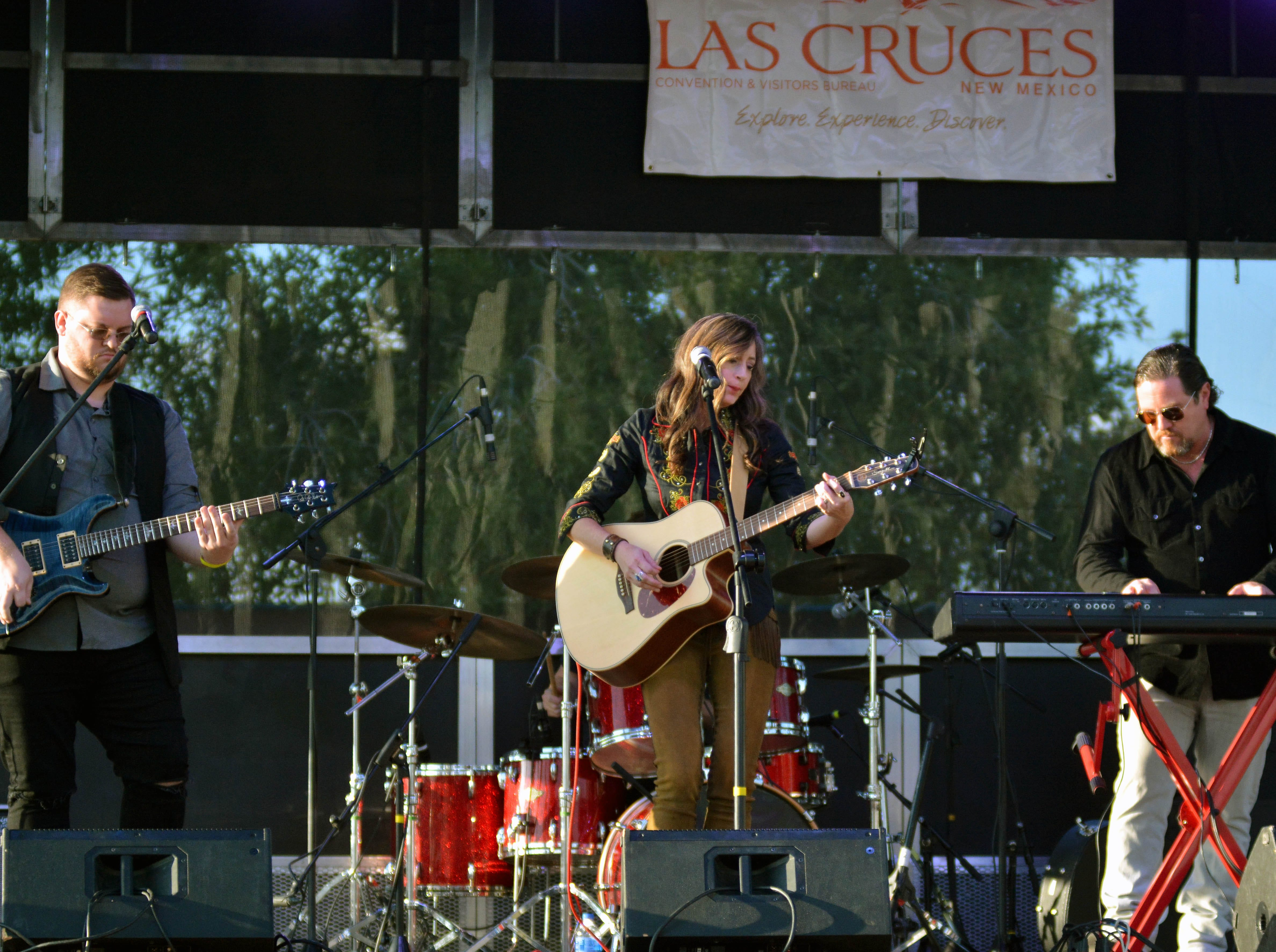 Coco O'Conner and her band open up the Las Cruces Country Music Festival on Friday, Oct. 19, 2018.