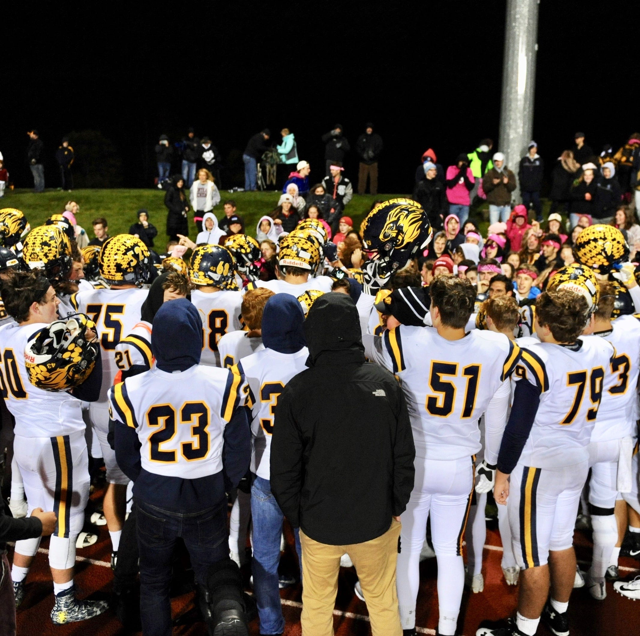 South Lyon guts out ninth win in a row, spoiling Cougars' playoff bid