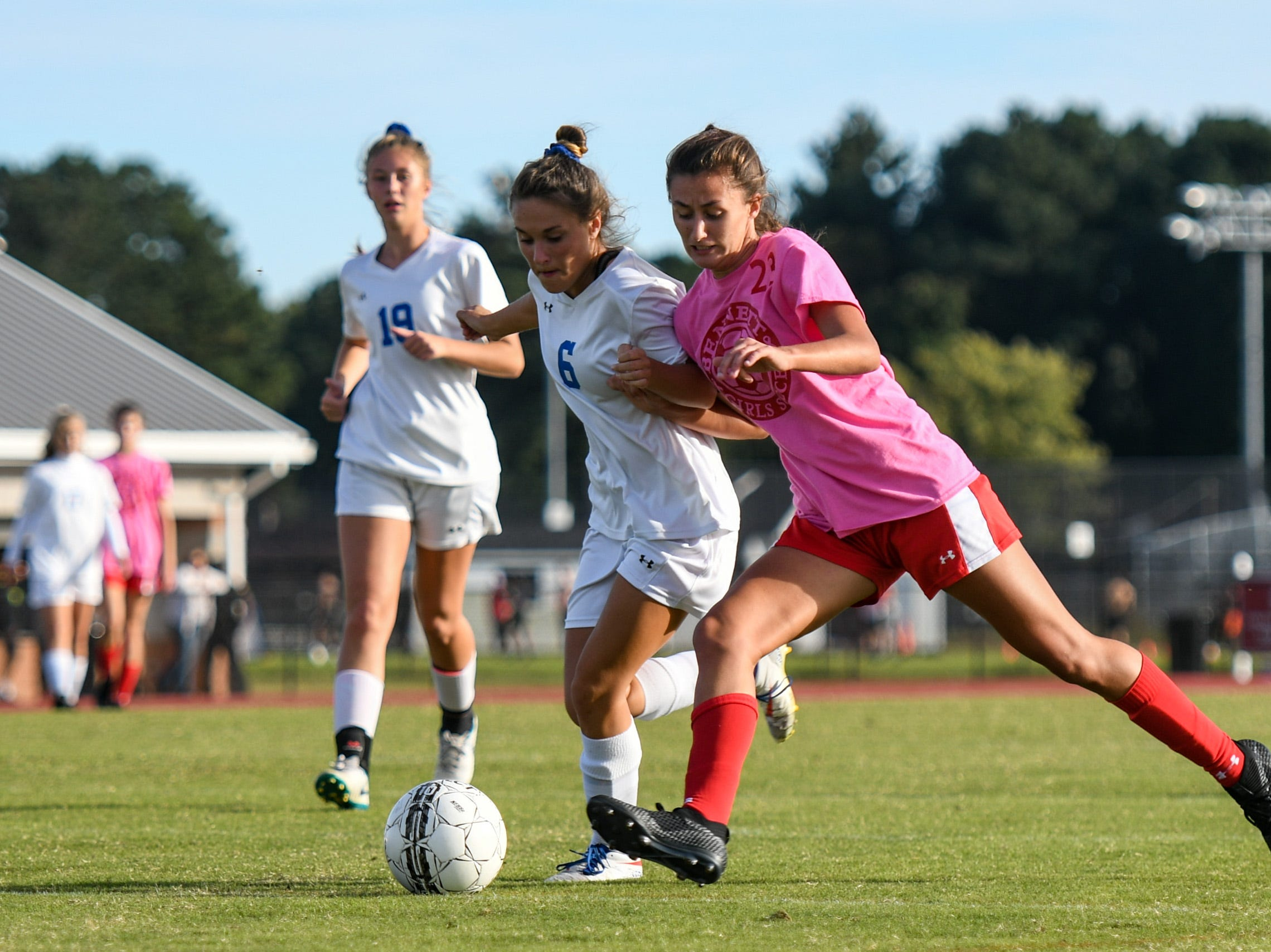 JMB's Olivia Owens (23) fights for the ball against North Caroline's Jalyn Stafford (6) in a game on Friday, Oct 19, 2018.