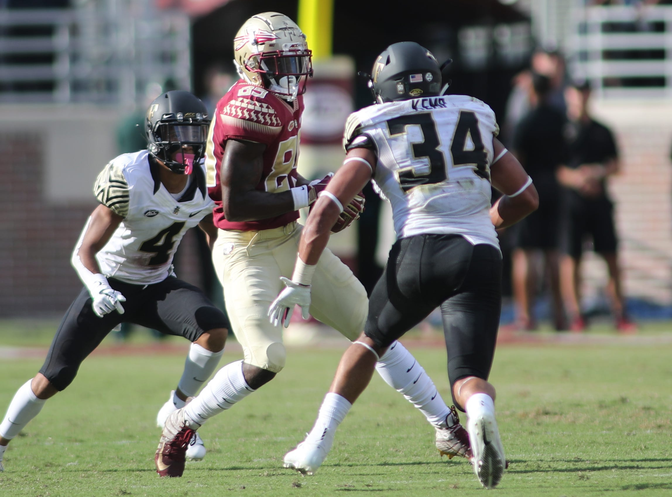 Florida State Seminoles wide receiver Keith Gavin (89) runs the ball during FSU's homecoming game against Wake Forest at Doak S. Campbell Stadium Saturday, Oct. 20, 2018.