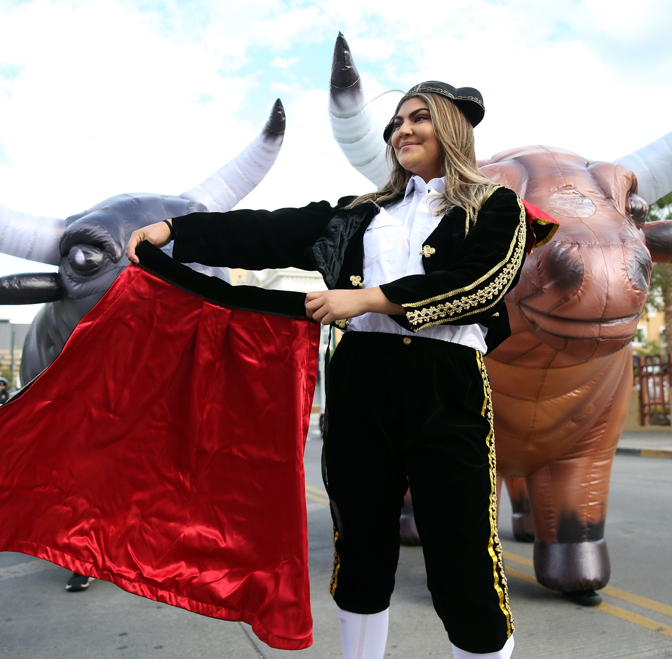 Hundreds join second annual Running of the Bulls 5K on Saturday in Downtown El Paso