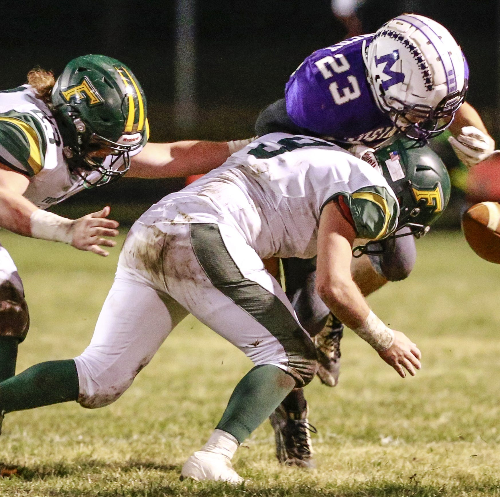 High school football: Defense, Lambrecht leads Freedom past Mosinee