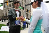 Couple weds in middle of Detroit marathon