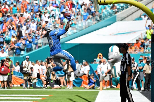Lions running back LeGarrette Blount celebrates after his touchdown against the Dolphins during the first half on Sunday, Oct. 21, 2018, in Miami Gardens, Fla.