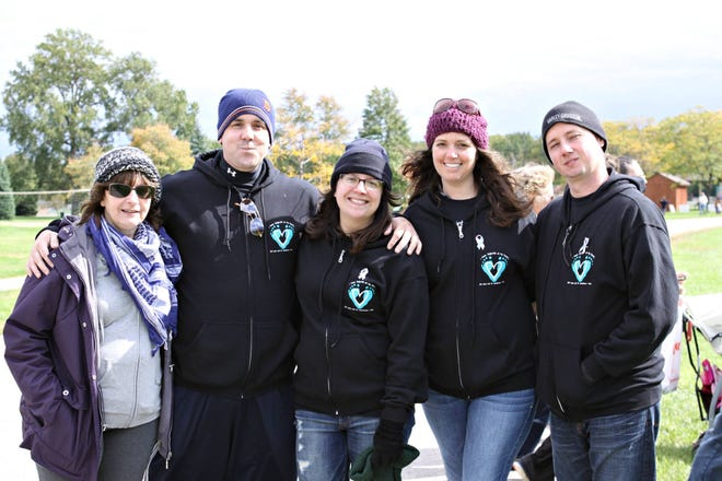 Left to right: Lynn Reno, Kyle Caruso, Michele Caruso, Jess and Lloyd Gary at the annual 2014 Metro Detroit Share Walk for Remembrance & Hope.