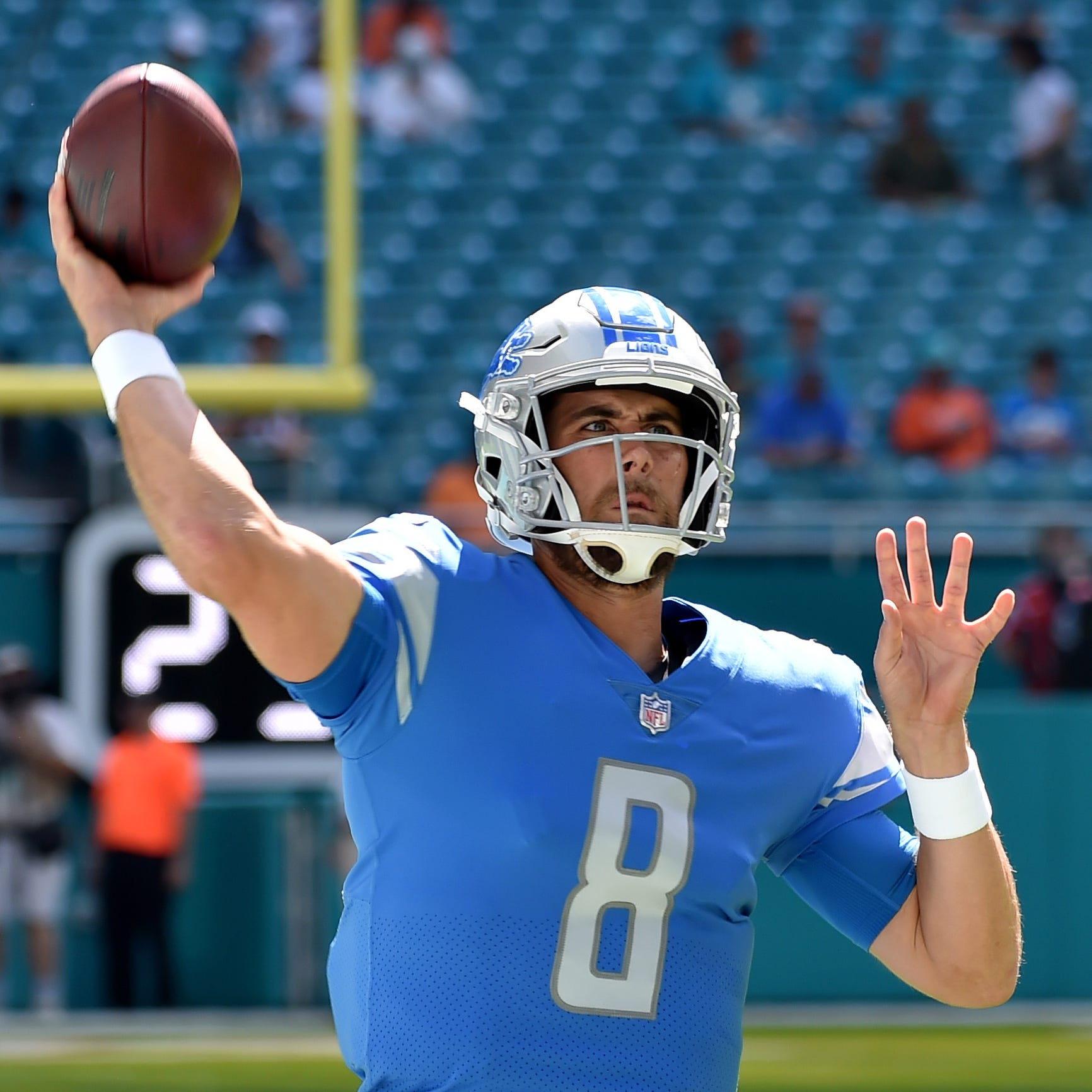 Detroit Lions need a backup QB. Matthew Stafford's contract makes it hard