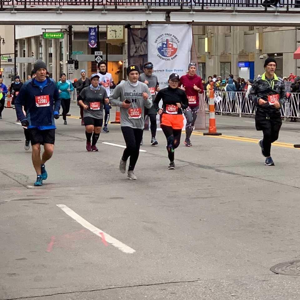 Detroit Marathon closes roads downtown Sunday