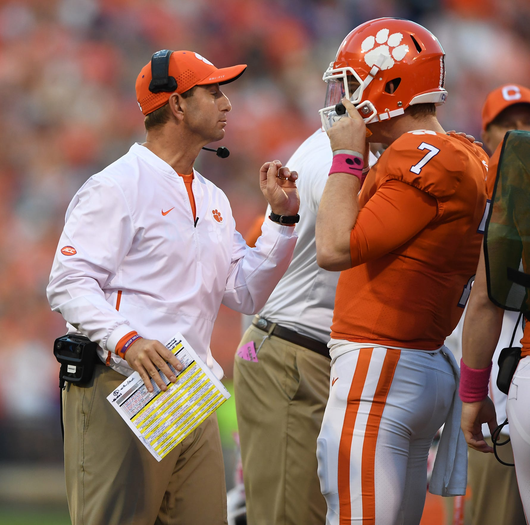 Unbeaten Clemson moves up to No. 2 in college football polls
