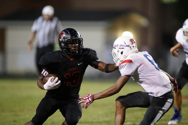 Hillcrest senior wide receiver-defensive back Quendarius Jefferson (10) is among five Greenville County players chosen for the 82nd Shrine Bowl of the Carolinas.