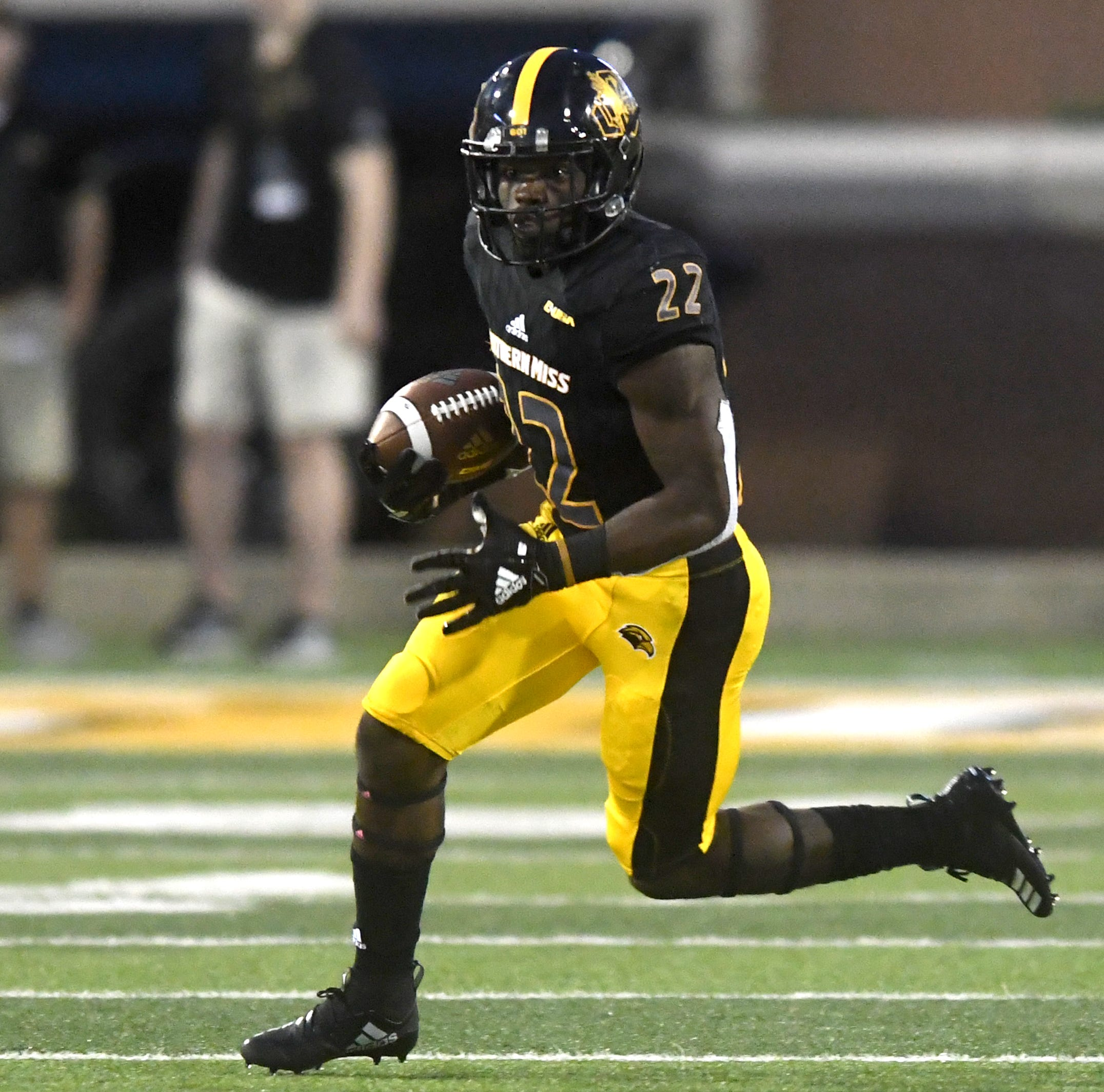 Offensive changes fuel Southern Miss' improvement in running game