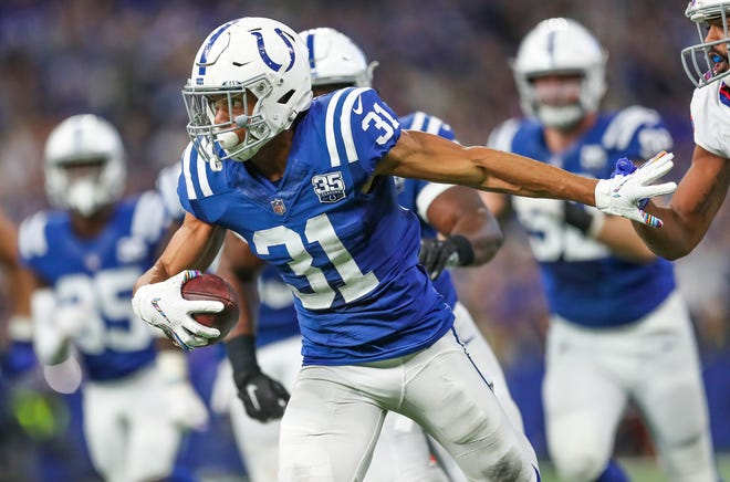 After some help in the film room from veteran teammate Mike Mitchell, Quincy Wilson snagged his second career interception on Sunday.