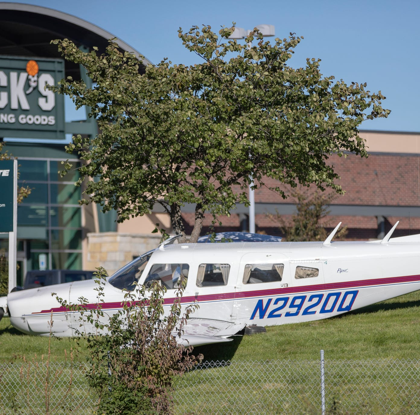 Pilot escapes injury after setting plane down in Dick's Sporting Goods' parking lot