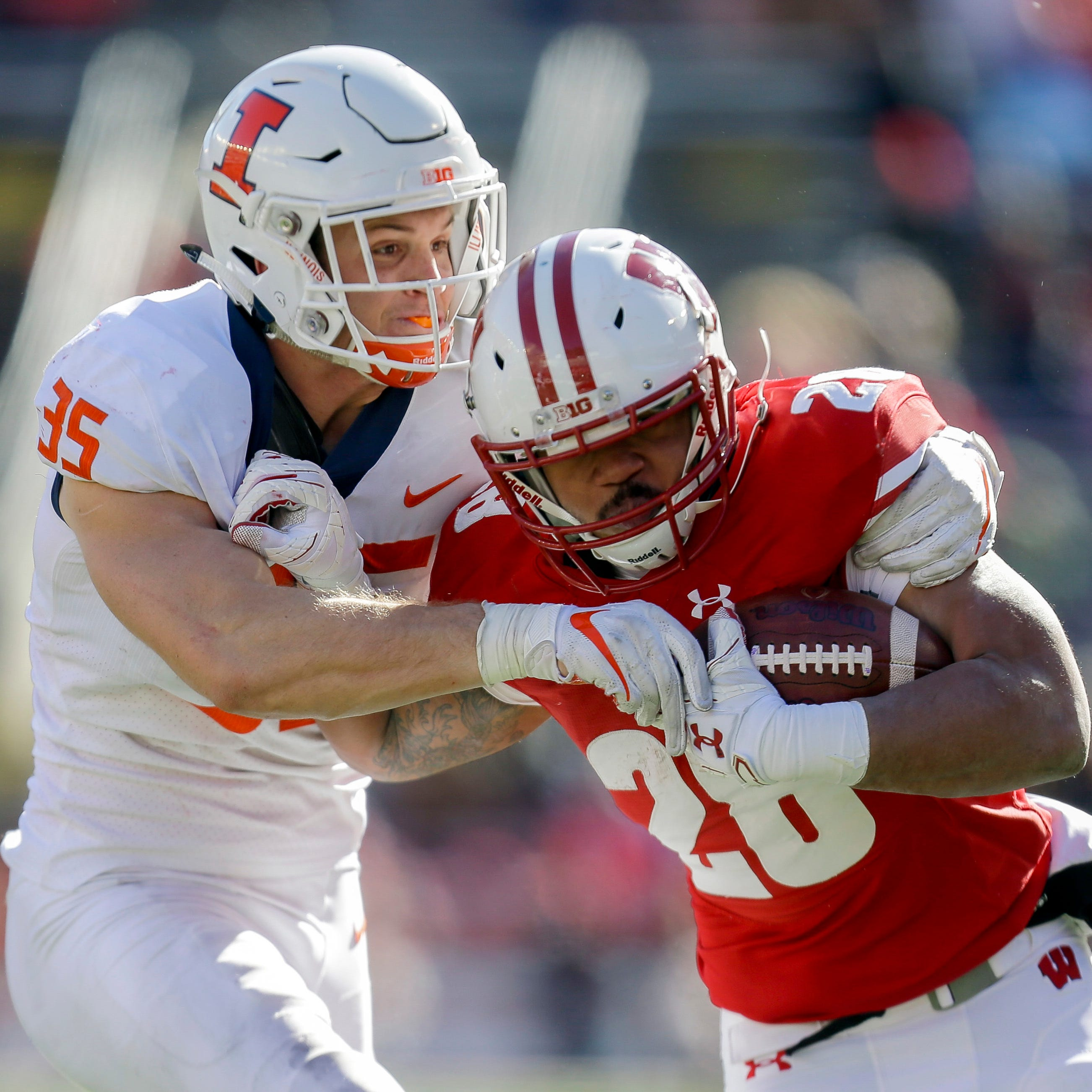 Upon further review: Badgers overcome flaws, miscues to set up showdown at Northwestern