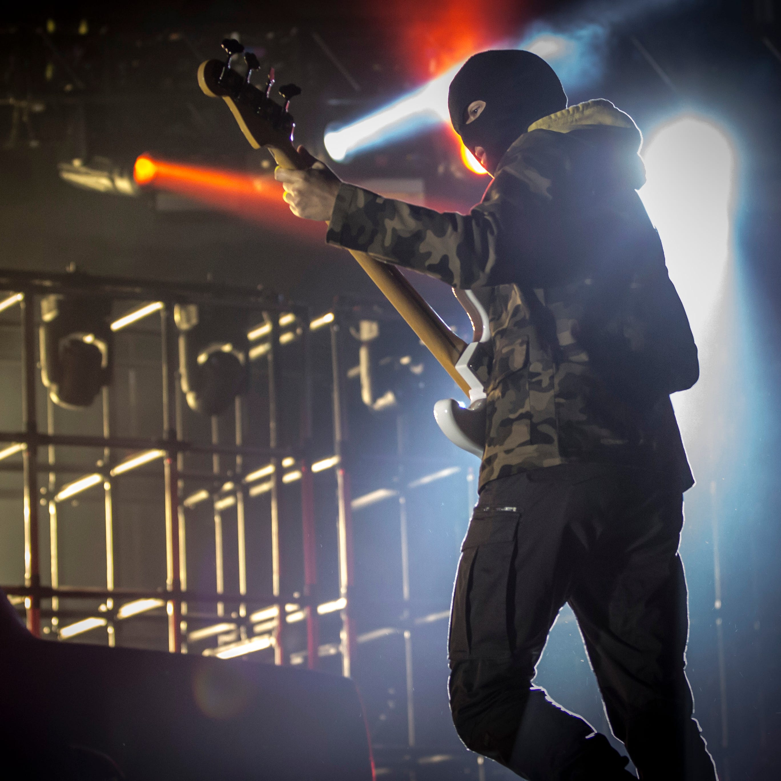 Twenty One Pilots pull out all the stops at explosive 'Bandito Tour' show in Milwaukee