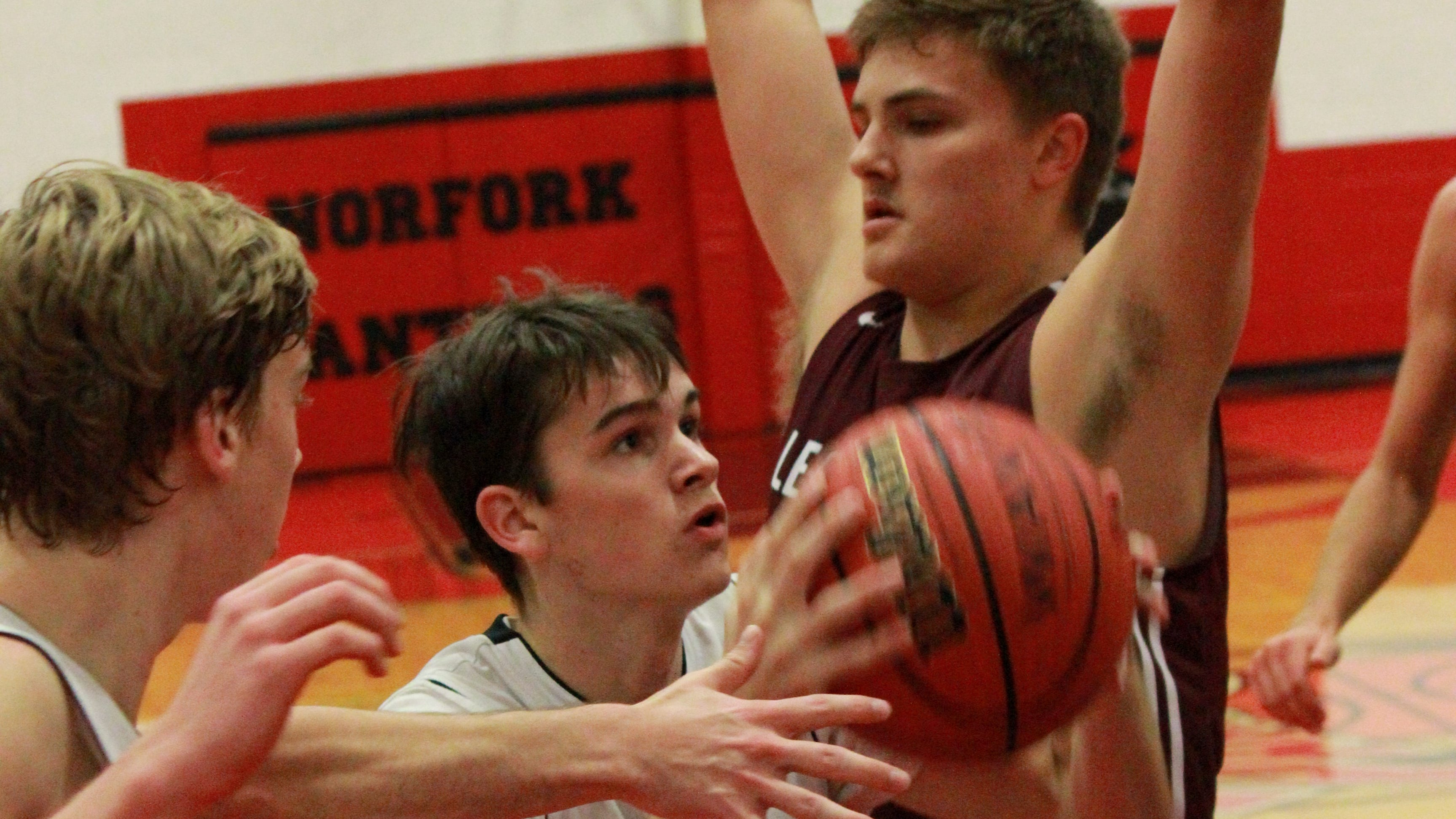 Norfork's Saul Maple (1) goes up for a shot against Alpena on Saturday night at Norfork.