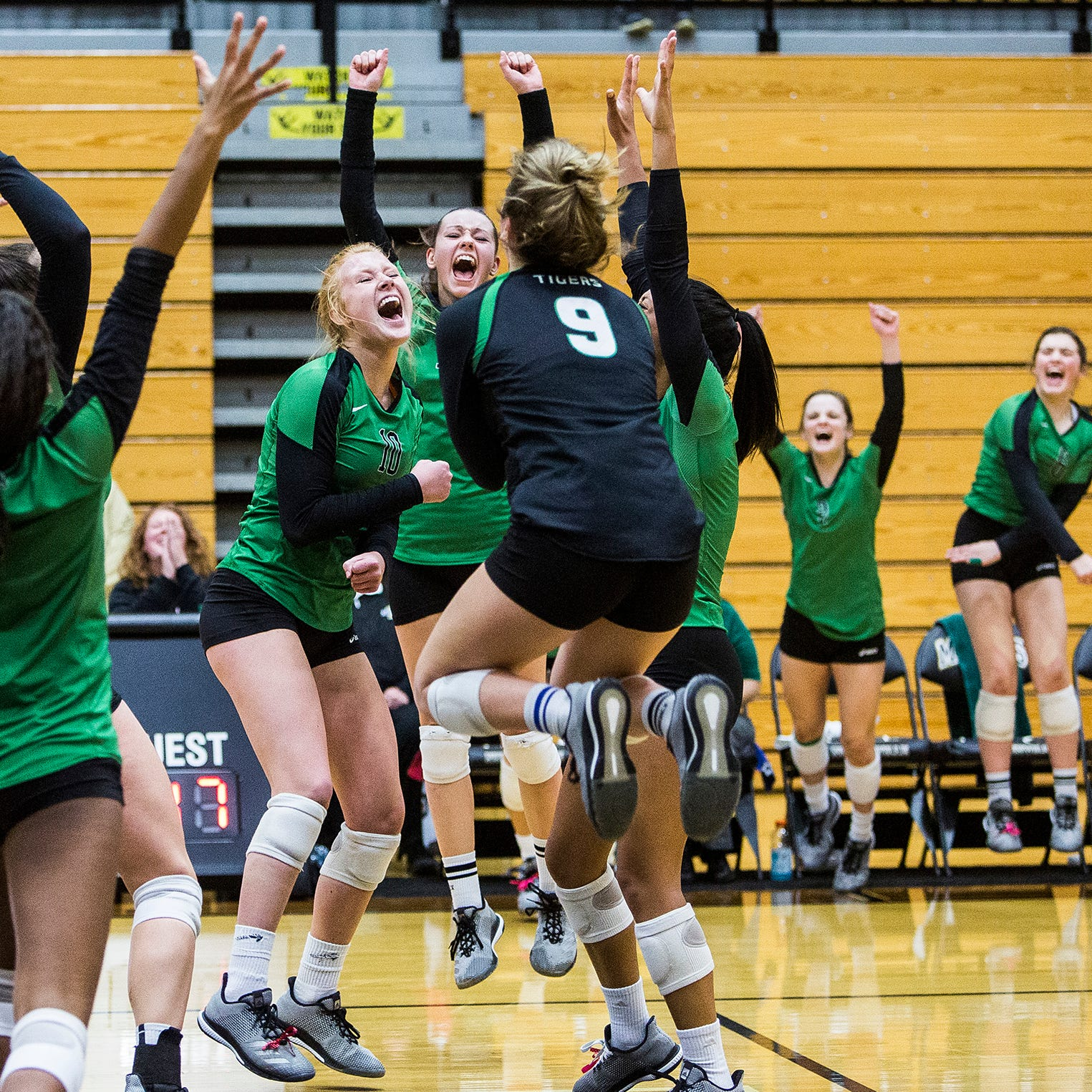 Yorktown volleyball captures 4th straight regional championship