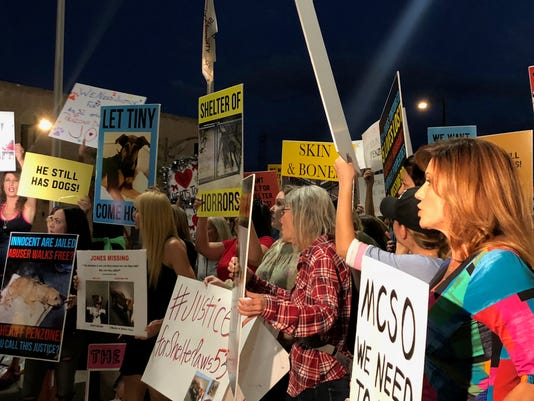 Protesters rally for Mesa animal shelter dogs