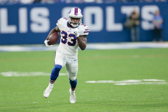 Buffalo Bills running back Chris Ivory (33) run sagainst the Indianapolis Colts during the first half of an NFL football game in Indianapolis, Sunday, Oct. 21, 2018. (AP Photo/AJ Mast)