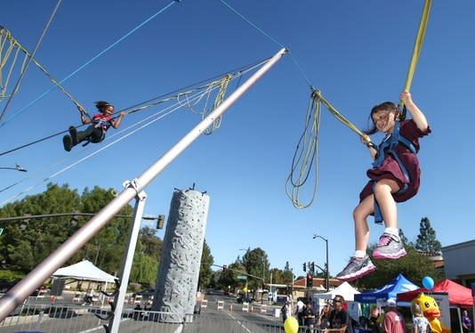 Thousand Oaks Rotary Street Fair 01