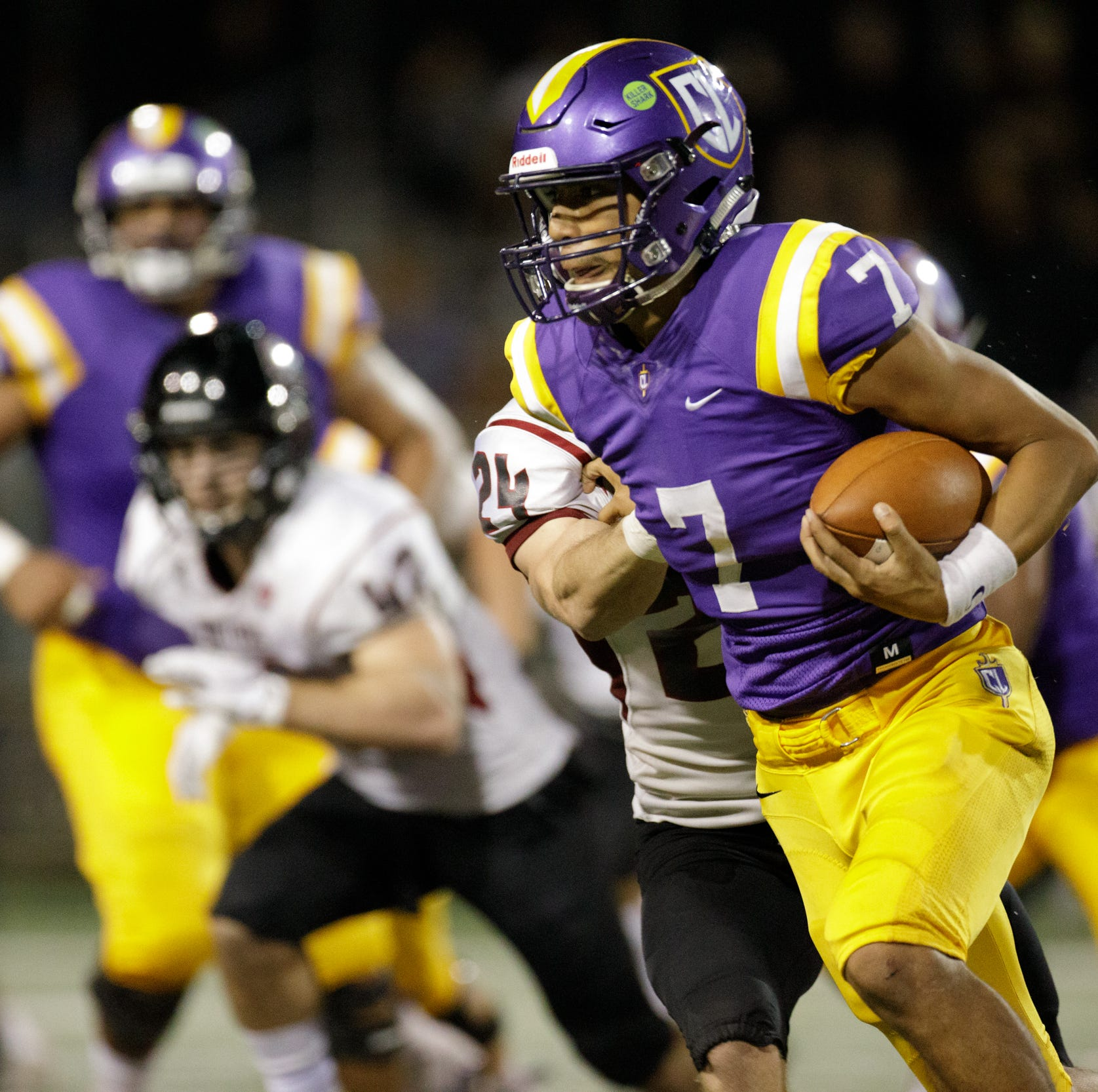 Cal Lutheran football can't finish off homecoming comeback against Chapman