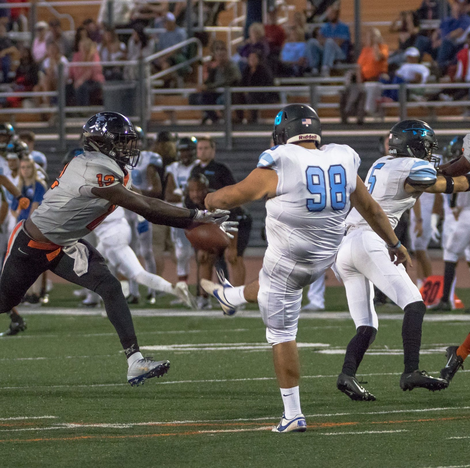 Ventura College football routs Moorpark College to retain the Citrus Cup