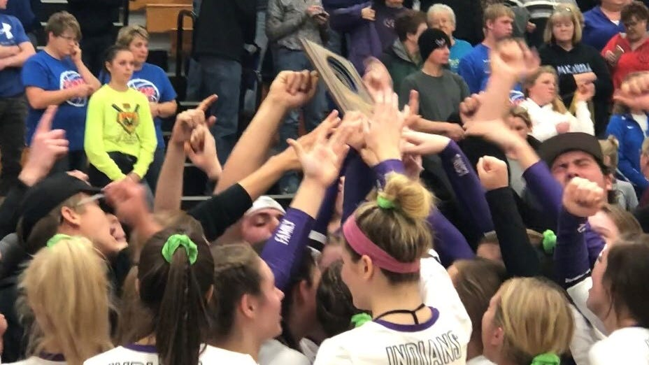 High school volleyball: Mosinee takes Merrill in five sets in regional final thriller