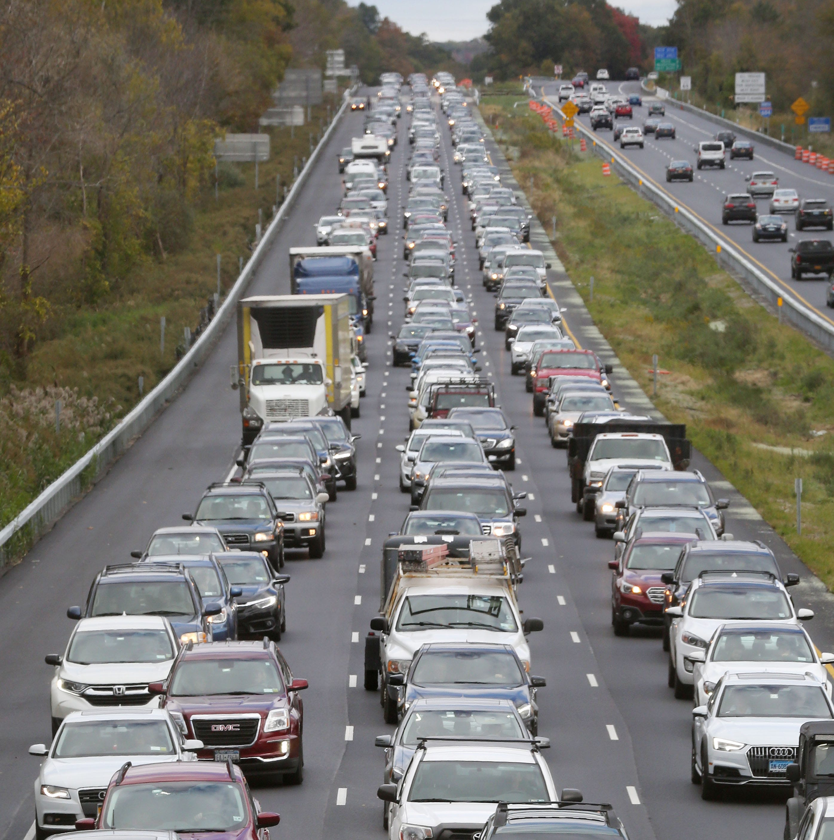 AAA predicts Thanksgiving travel will be busiest in 12 years with majority on the roads