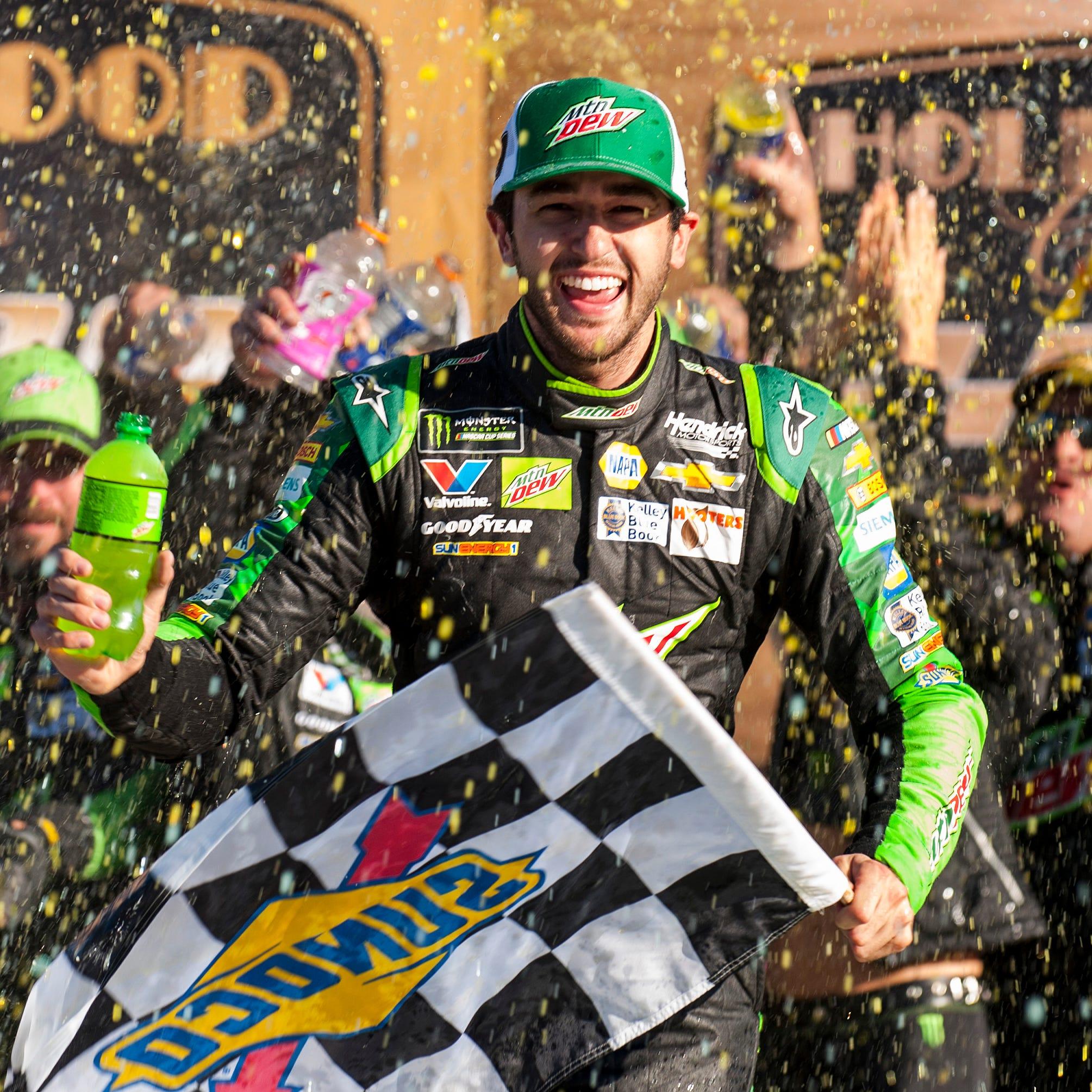 Chase Elliott wins Kansas playoff race; Keselowski, Blaney among drivers eliminated