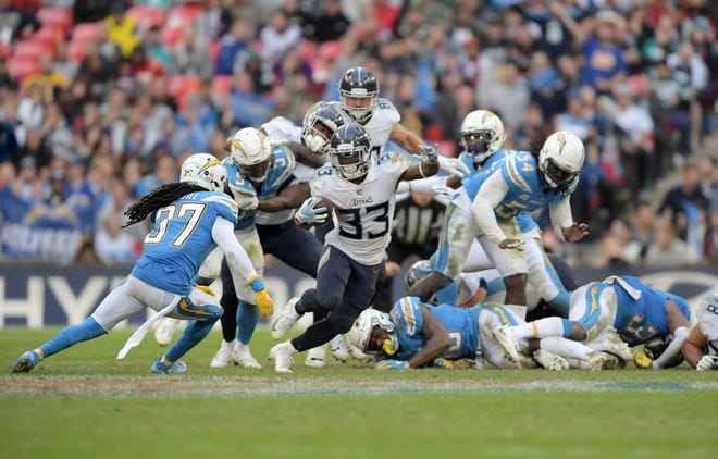 Titans running back Dion Lewis gets into space for some of his 155 yards of total offense in Week 7 against the Chargers.