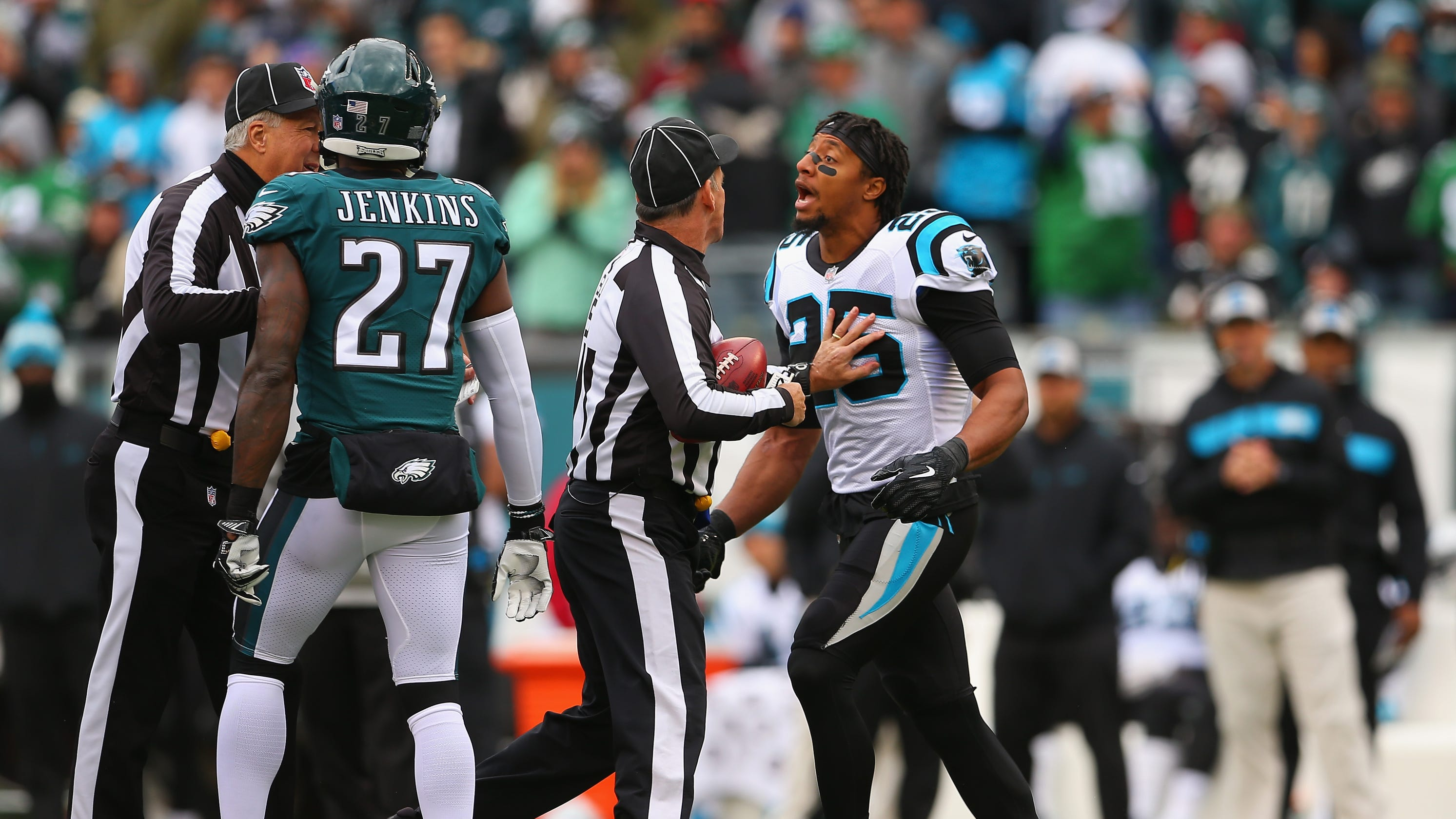 1d310b0fb Eric Reid calls Malcolm Jenkins  a sellout  after pre-game clash