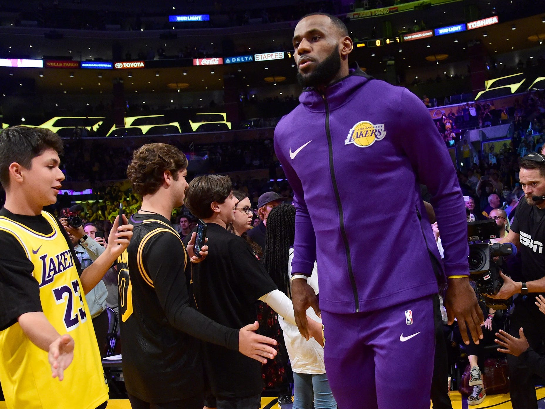 Oct. 20, 2018: LeBron James takes the court for his Lakers home debut against the Rockets at Staples Center.
