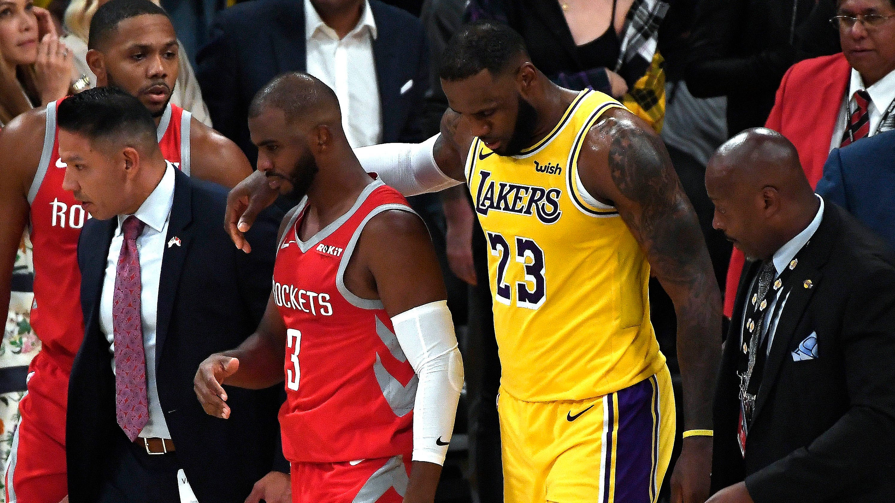 9daf6a28f17 Lakers-Rockets brawl  LeBron strangely claims he  didn t see anything