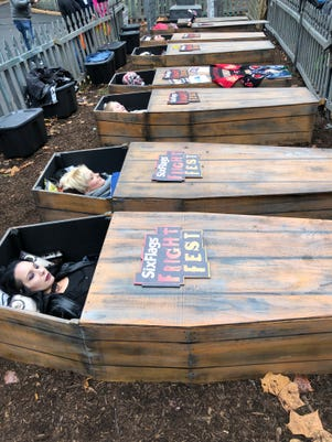 Coffin Challenge Photo Six Flags St Louis Mo