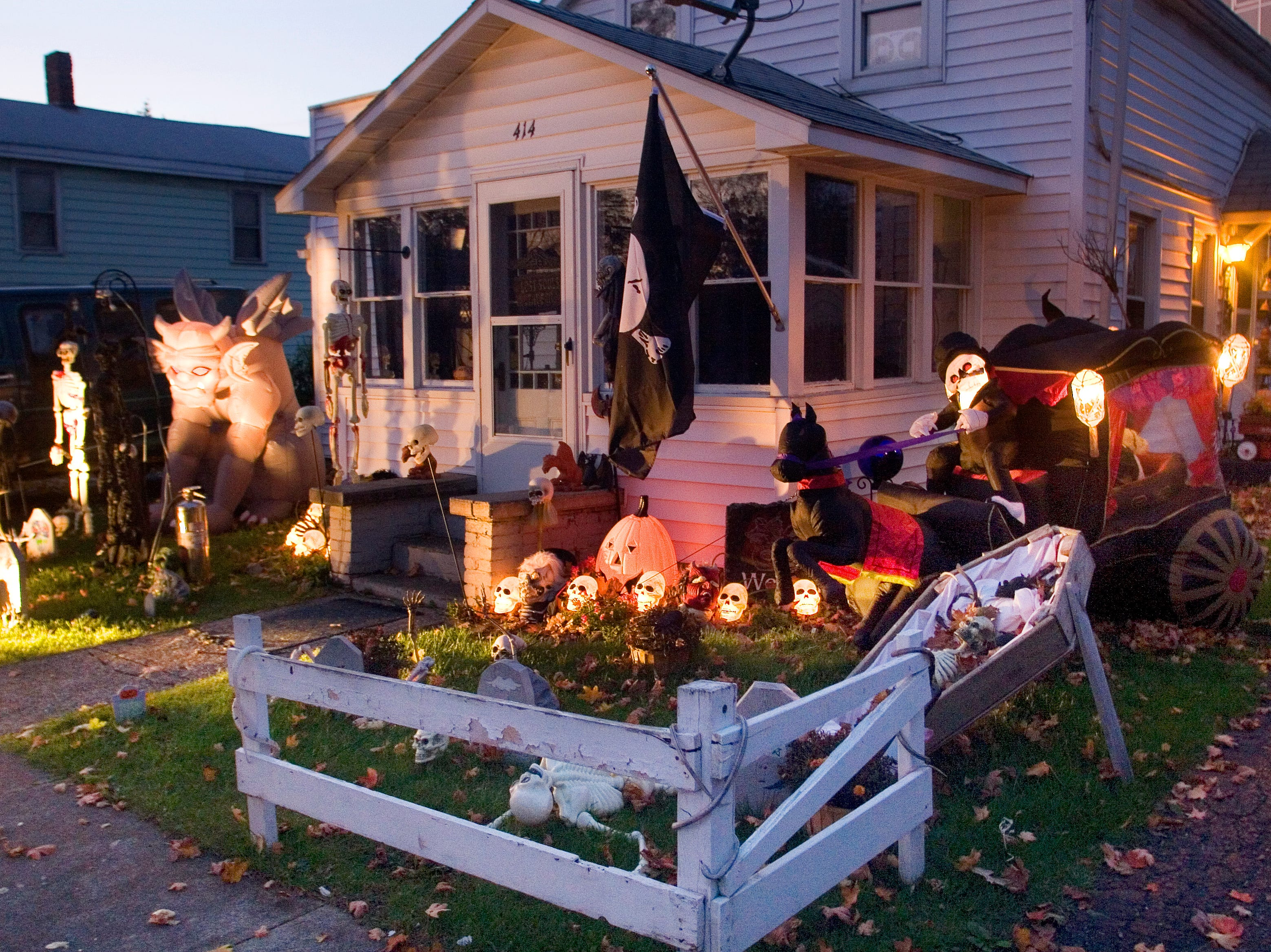 2007: A Horseheads home decorated for Halloween.
