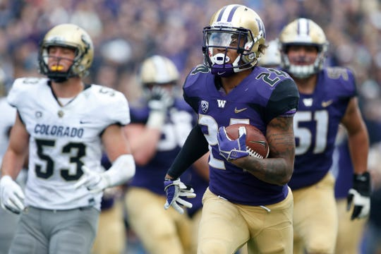 Washington running back Kamari Pleasant scored a touchdown during Saturday's win over Colorado.