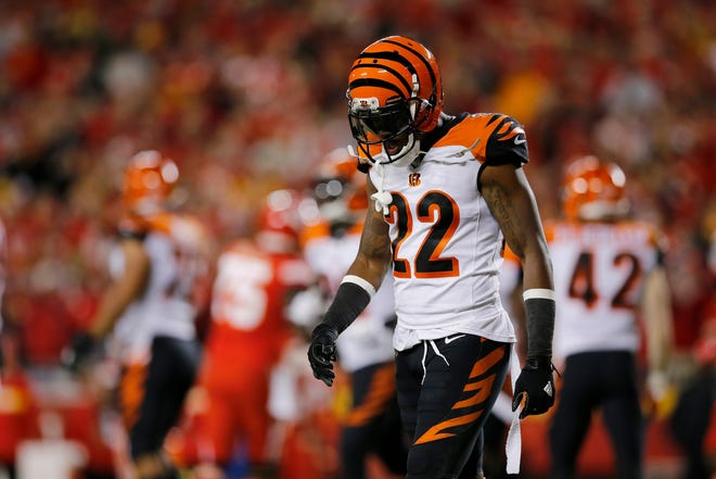 Cincinnati Bengals cornerback William Jackson (22) walks off the field after Kansas City Chiefs wide receiver Tyreek Hill (10) scores a touchdown in the fourth quarter of the NFL Week 7 game between the Kansas City Chiefs and the Cincinnati Bengals at Arrowhead Stadium in Kansas City, Mo., on Tuesday, Oct. 16, 2018. The Bengals lost 45-10, falling to 4-3 on the season.