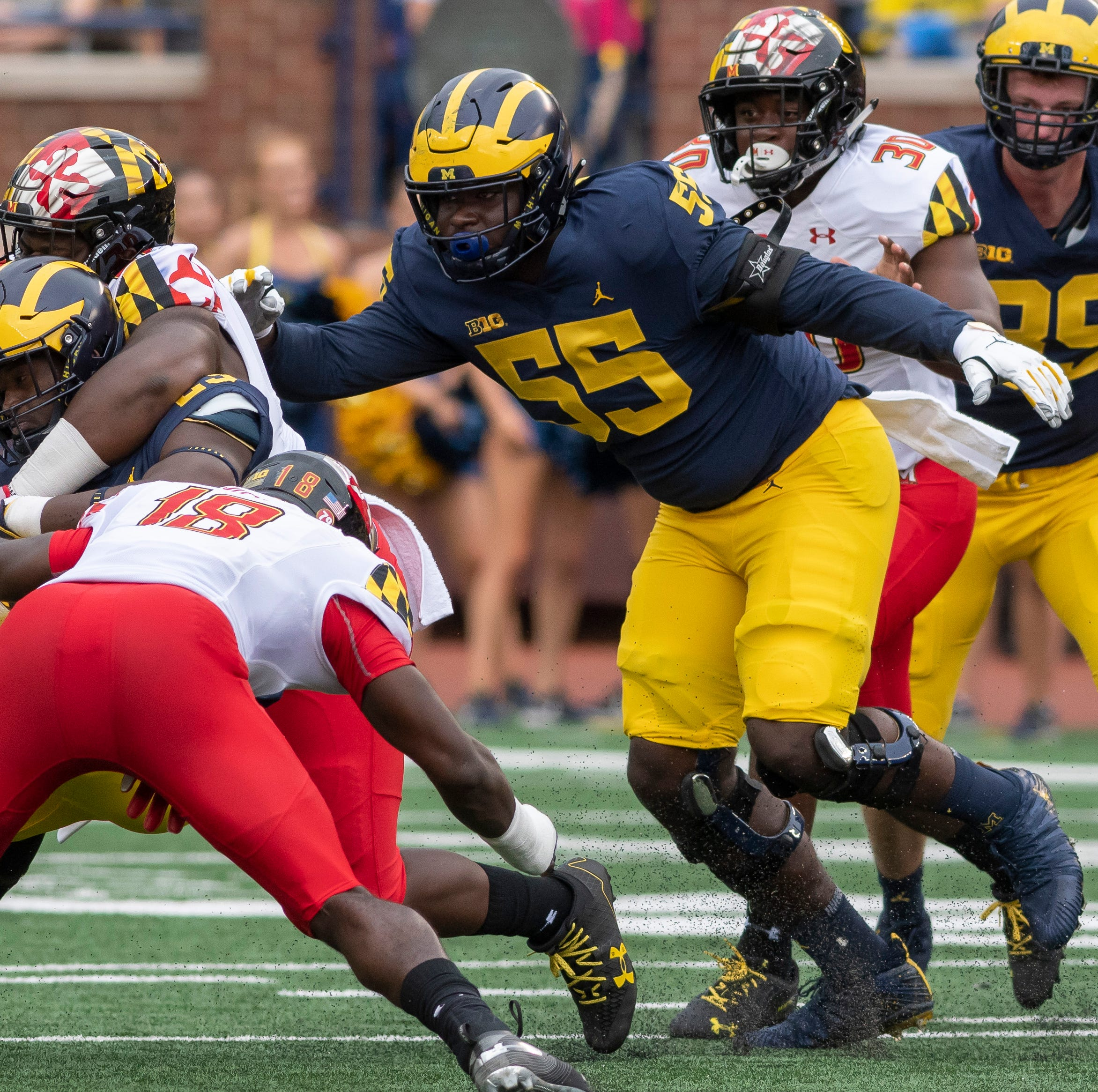 Offensive tackle James Hudson becomes latest to transfer from Michigan
