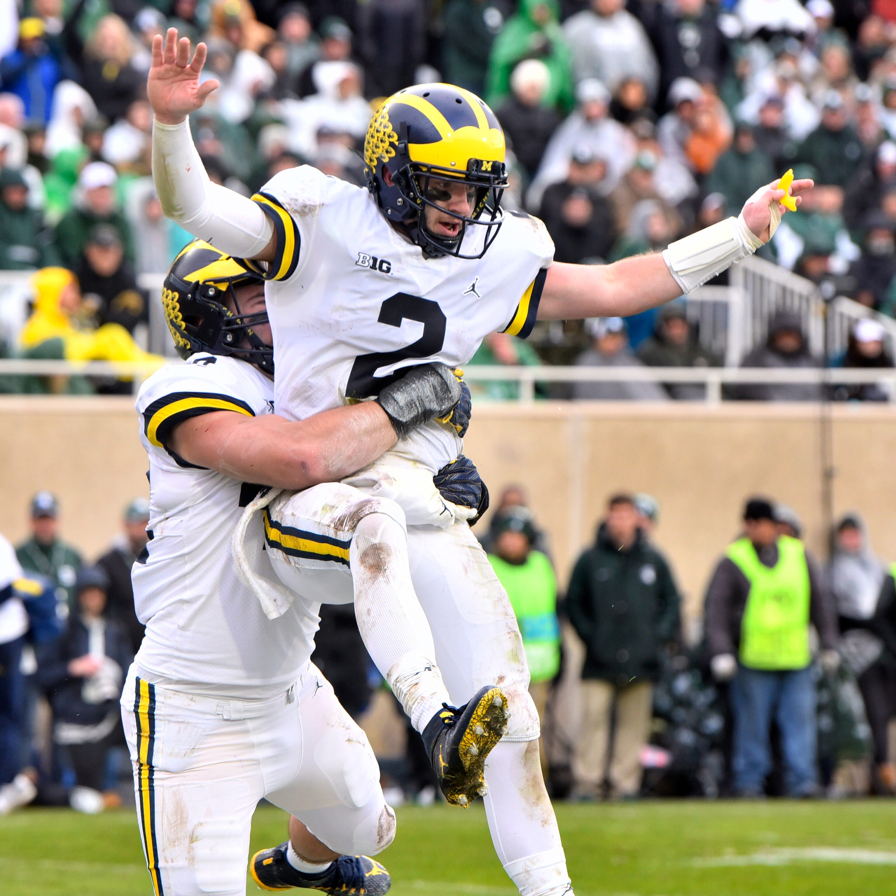 Red-hot Michigan emerges as popular College Football Playoff pick