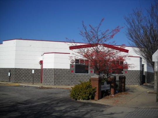 Dare to Care Food Bank has initiated plans to move its production kitchen and administrative offices to the former Parkland Grocery store building at 1200 S. 28th St.
